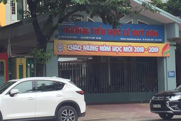 Cổng trường tiểu học Lê Quý Đôn.