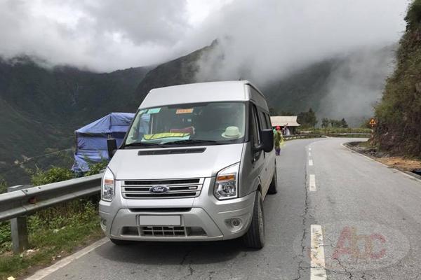 Công ty chuyên cho thuê xe 16 chỗ đi du lịch Sapa giá rẻ tại Hà Nội.