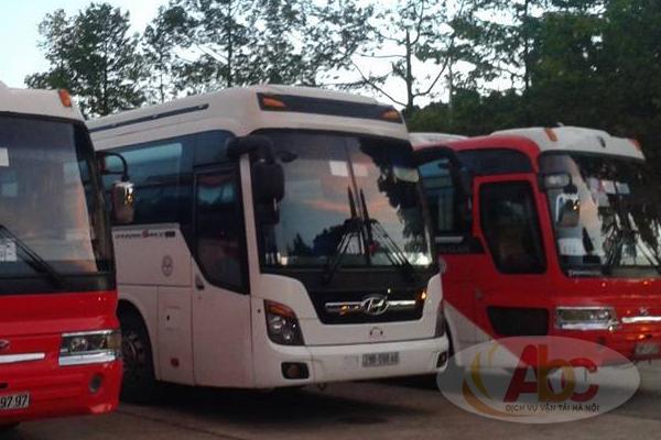 Công ty chuyên cho thuê xe 45 chỗ đi du lịch đền Hùng giá rẻ tại Hà Nội.