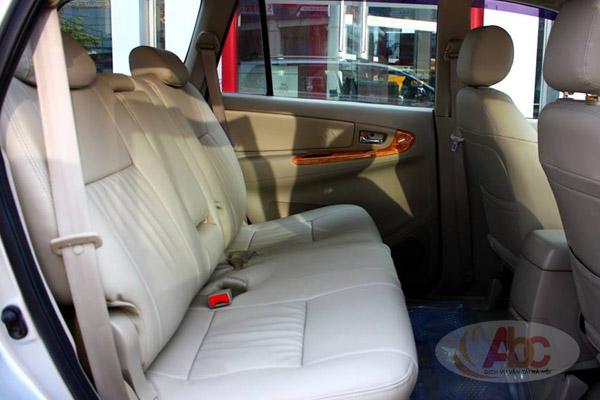 Hình ảnh ghế ngồi sau dòng xe Toyoa Innova