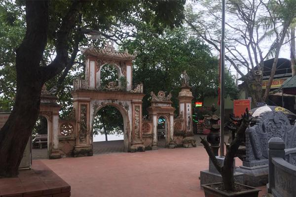 Đền Ông Hoàng Mười ở Hà Tĩnh