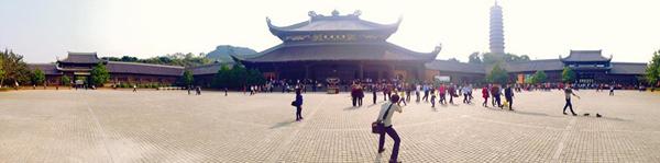 Kung cảnh ngôi chùa đạt nhiều kỷ lục nhất Việt Nam
