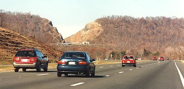 Một số lưu ý bạn cần nên biết khilái xe trên cao tốc