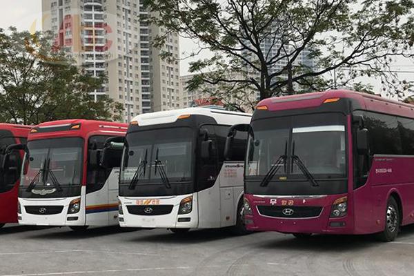 Dịch vụ cho thuê xe đi Hòa Bìnhgiá rẻ từ 4 chỗ đến 45 chỗ tại Hà Nội: