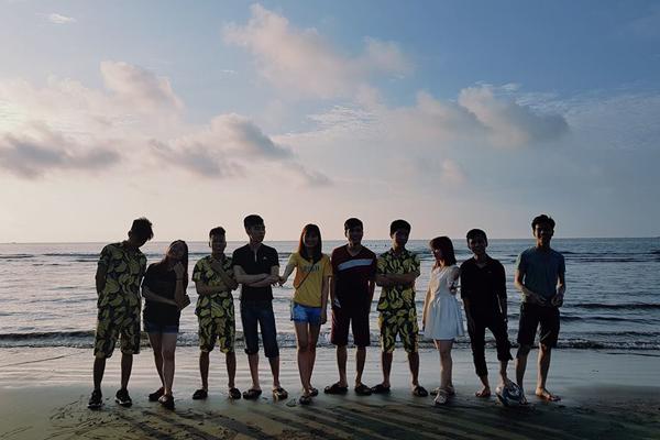 Khu du lịch biển Thinh Long đang là điểm du lịch hấp dẫn cho nhiều bạn trẻ