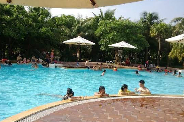 Cho Thuê Xe Đi Hoàng Long Resort