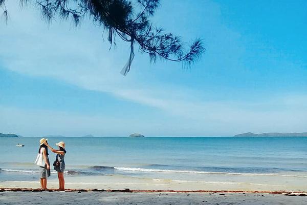 Khung cảnh lãng mạn trên đảo Cô Tô