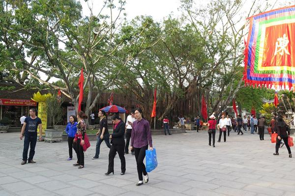 Mùa lễ hội Côn Sơn - Kiếp Bạc ở Hải Dương