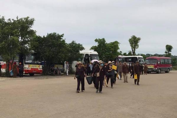 Địa chỉ cho thuê xe đi chùa Bái Đính(Ninh Bình) giá rẻ tại Hà Nội