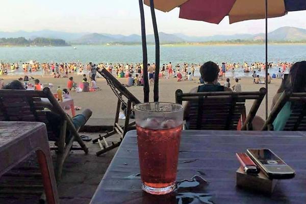 hồ Đại Lải là điểm du lịch yêu thích của các bạn trẻ Hà Nội