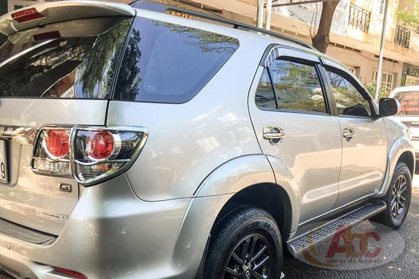Cho thuê xe Toyota Innova có lái giá rẻ tại Hà Nội