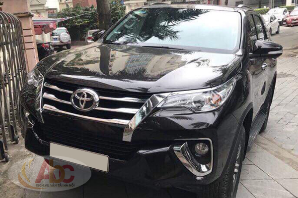 Xe Toyota Fortuner 7 Chỗ 2017